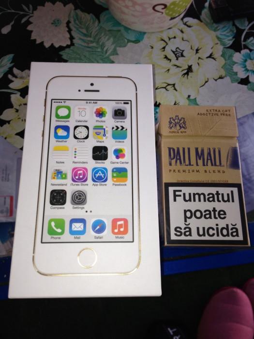Vand iphone 5s GOLD neverlocked sigilat VARIANTA EUROPA predare acum in BUCURESTI foto mare
