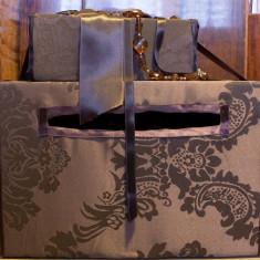 Vand cutie dar pentru nuntă