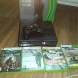 Vand Xbox 360 Microsoft + 4 jocuri
