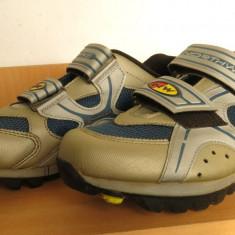 Vand papuci ciclism Northwave, nr 38 (25 cm), placute spd incluse - Echipament Ciclism Altele, Incaltaminte