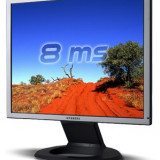 Monitor 17'' Hyundai ImageQuest B70A LCD - Monitor LCD Hyundai, 17 inch, 1280 x 1024, VGA (D-SUB), TN