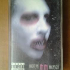 Caseta audio Marilyn Manson - The Golden Age of Grotesque originala alternative rock shock spooky goth industrial vocal stage horror show 2003 Marylin - Muzica Rock, Casete audio