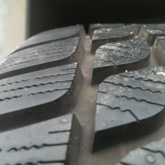 Cauciucuri de iarna 215 55 17 Bridgestone, aprox.8mm profil - Anvelope iarna