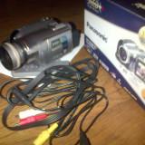 Panasonic GS320, 3CCD camere digital - Camera Video Panasonic, 2-3 inch, Mini DV