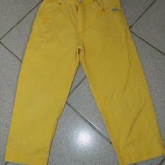 Pantaloni galbeni pentru copii, marimea 4-6 ani