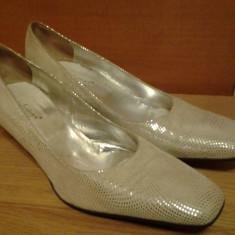 Pantofi cu toc de dama Valentina Moda culoare argintie Made in Italy masura 40 women shoes - Pantof dama, Culoare: Argintiu, Cu talpa joasa
