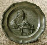 Farfurie decorativa / de colectie - zinc - marcata