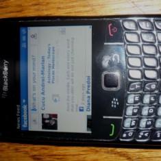 Vand blackberry 8520 negruu - Telefon mobil Blackberry 8520, Neblocat