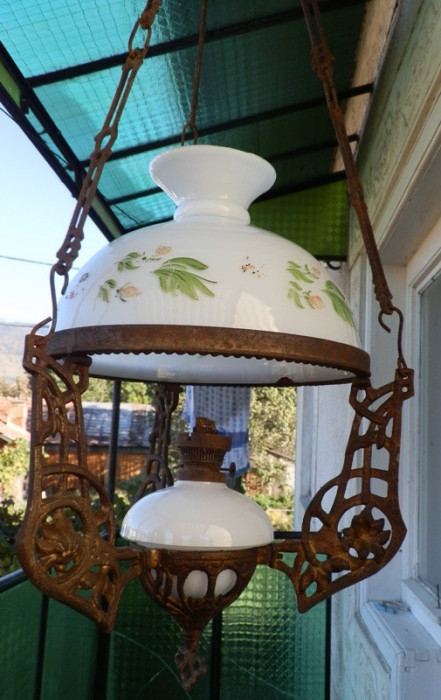 Lampa/candelabru vechi din fonta, reducere oferta foto mare