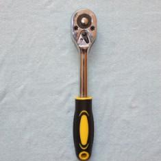 Cheie cu CLICHET marime mijlocie pentru chei tubulare lungime 21cm cu patratul de intrare de 10mm - Cheie clichet