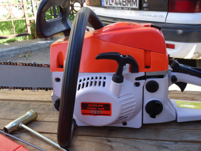 Drujba motofierastrau pe benzina noua cu pornire usoara foto