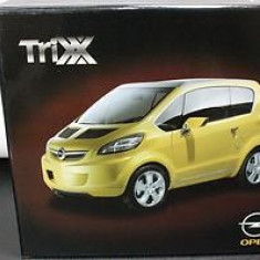 174.Macheta NOREV Opel Trix Concept Car Versiune Dealer scara 1:43 - Macheta auto