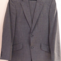Costum Pierro Cini, marimea 48, stare impecabila - Costum barbati, Culoare: Gri, 2 nasturi, Lung, Gri