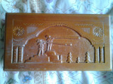 Cutie din lemn de colectie motive si simboluri traditionale populare romanesti folclor tarani ciobani cu bucium munte padure Carpati