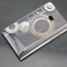Husa rigida model aparat foto LG Optimus L3 E400 + folie protectie ecran