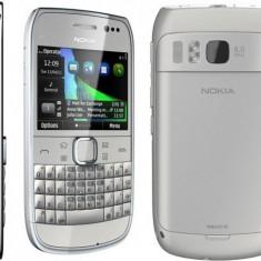 Vand  Smartphone Nokia E6 White