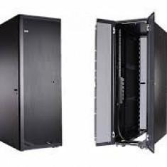 RACK IBM 9307-RC4 - Rack server