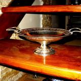 Fructiera argintie cu manere si picior - model deosebit, Vase