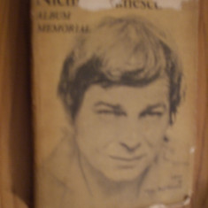 NICHITA STANESCU -- Album Memorial -- [ 1984, 430 p. ; in anexa - poster ] - Carte Monografie