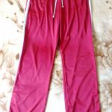 Pantaloni trening Nike; marime XL: 88-124 cm talie elastica, 108 cm lungime