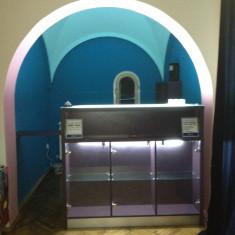 Mobilier bar din lemn masiv pentru casa, apartament sau business - Mobila HORECA