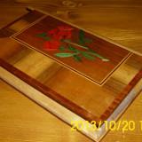 caseta bijuterii lemn furnir