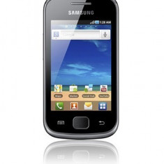 Vand Samsung galaxy gio cu mici zgarieturi, incarcator si card MicroSD de 64Mb - Telefon mobil Samsung Galaxy Gio, Negru, Neblocat