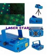 set lumini disco compus din SCANNER LUMINI CU ACTIVARE SUNET, STROBOSCOP 150 WATT SI LASER STAR ROSU+VERDE CU ACTIVARE DUPA MUZICA.