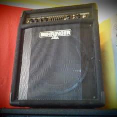 Behringer BXL 900 - Amplificator Clape