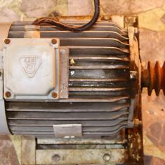 Motor electric 3800V