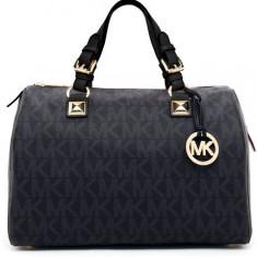 Vand geanta originala Michael Kors pentru femei. - Geanta Dama Michael Kors, Negru, Piele