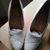 Vand pantofi dama mireasa model deosebit marimea 39