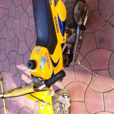 Mini motocicleta HONDA