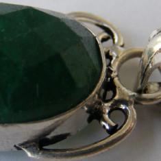 Lant cu medalion vechi din argint cu piatra verde - Pandantiv argint