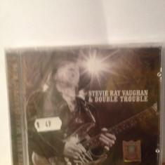 STEVIE RAY VAUGHAN & DOUBLE TROUBLE - GREATEST HITS 1 (2006/SONY) cd nou/sigilat - Muzica Rock sony music