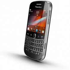 BLACKBERRY 9900 BOLD BLACK NEVERLOCKED - Telefon mobil Blackberry 9900, Negru, Neblocat