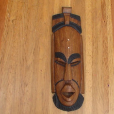 Masca sculptata in lemn nr 52