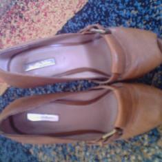 Pantofi dama zara piele culoare maro stare buna toc+platforma 15 cm pret negociabil - Pantof dama Zara, Marime: 40