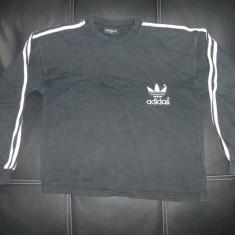 Bluza cu logo-ul Adidas; 49 cm bust, 53.5 cm lungime, 46.5 cm maneca; bumbac - Bluza barbati Adidas, Marime: Alta, Culoare: Negru