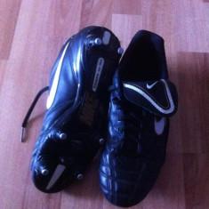 Vand ghete nike tiempo - Ghete fotbal Nike, Marime: 41, Negru, Copii