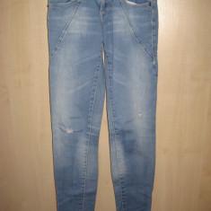 Blugi lungi dama, Bershka, XS, 100% originali, bumbac, model skinny jeans - Blugi dama Bershka, Albastru