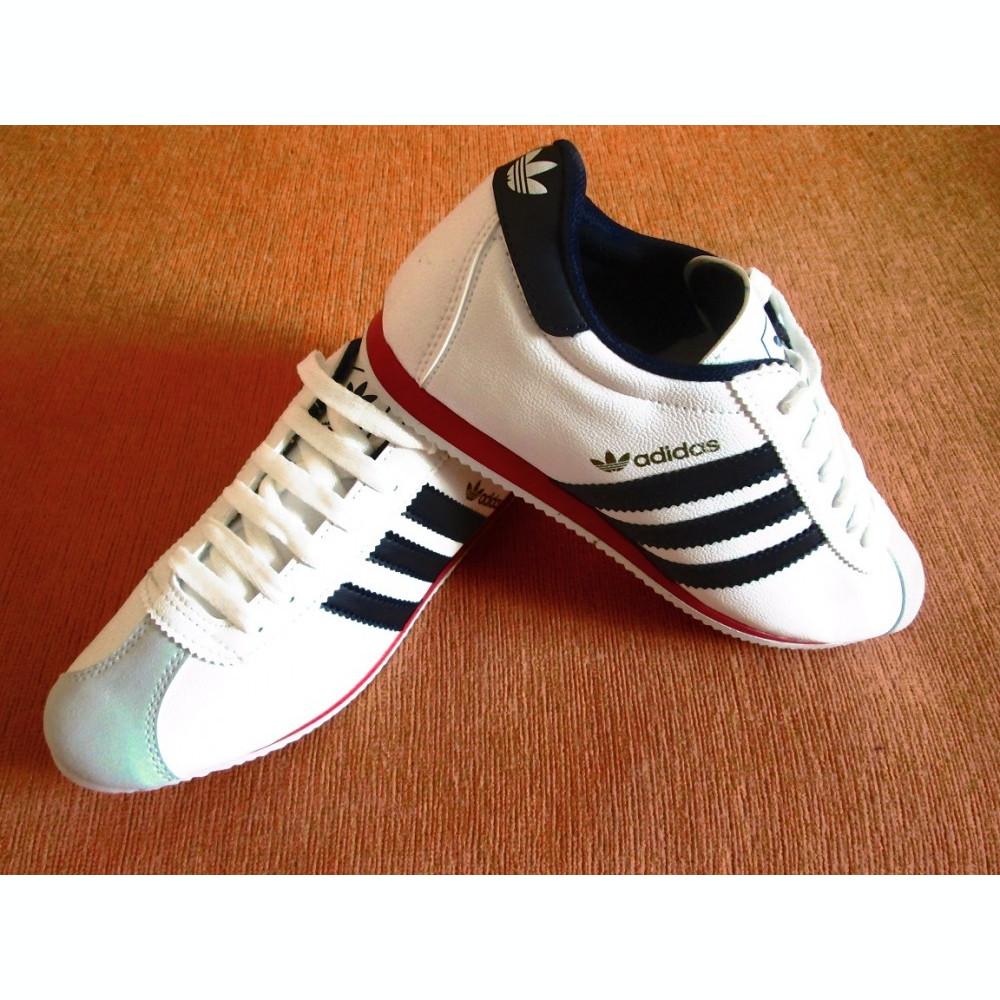 Oferta Adidas - Adidasi albi Adidas piele eco dama alb - bleumarin ... a6cb76c65c424