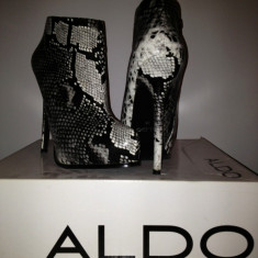 Botine ALDO, noi, toc stiletto - Botine dama Aldo, Culoare: Gri, Marime: 38, Gri