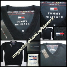 PULOVER BLEUMARIN BARBATI GEN FIRMA TOMMY HILFIGER EXCLUSIVE ANCHIOR 100% LANA - Pulover barbati Tommy Hilfiger, Marime: M, L, XXL