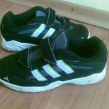 Adidasi firma adidas marimea 35,arata excelent!