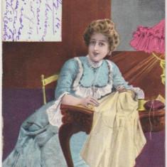 Carte postala ilustrata - croitoreasa de la inceput de secol XX. a circulat intre Busteni si Ploiesti in 1903