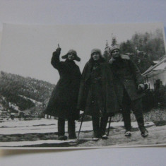 FOTOGRAFIE MILITARI DIN ANII 50