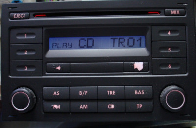 RCD 200 CD AUTO PENTRU VW POLO 9N FUNCTIONAL foto