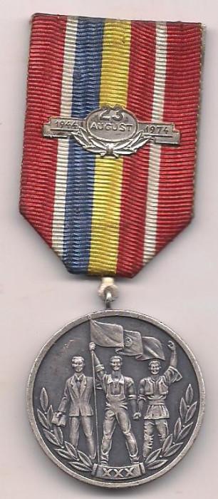 medalie-30 DE ANI DE LA ELIBERAREA ROMANIEI DE SUB DOMINATIA FASCISTA