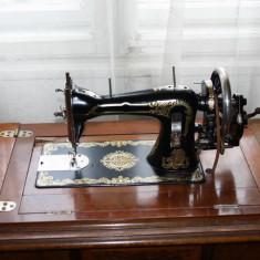 Masina de cusut Naumann in stare de functionare, seria de identificare 22744474